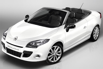 2011 Renault Megane Coupe Cabriolet Front Side View