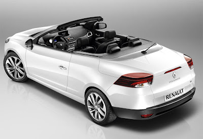 2011 Renault Megane Coupe Cabriolet Side Angle View