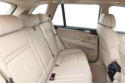 2011 BMW X5 Seats View