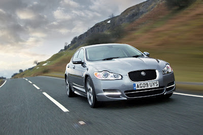 2011 Jaguar XF S Car Wallpaper