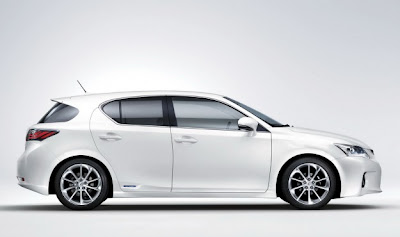 2011 Lexus CT 200h Side View