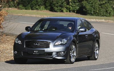 2011 Infiniti M37S Luxury Car