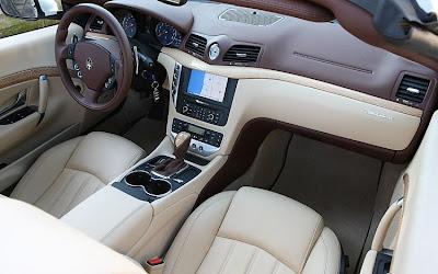 2011 Maserati Granturismo Convertible Interior