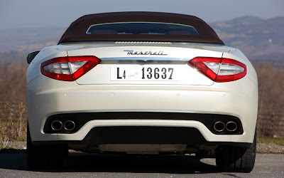 2011 Maserati Granturismo Convertible Rear View
