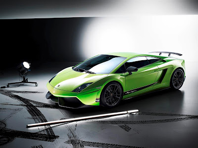 2011 Lamborghini Gallardo LP 570-4 Superleggera Picture
