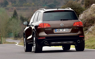 2011 Volkswagen Touareg Rear View