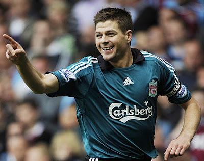Steven Gerrard Smile