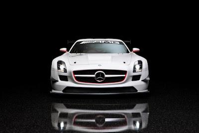 2010 Mercedes-Benz SLS AMG GT3 Front View