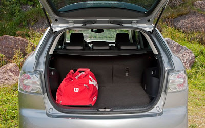 2010 Mazda CX-7 Diesel Cargo Area Place