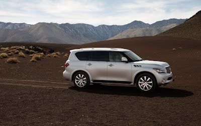 2011 Infiniti QX56 Side View