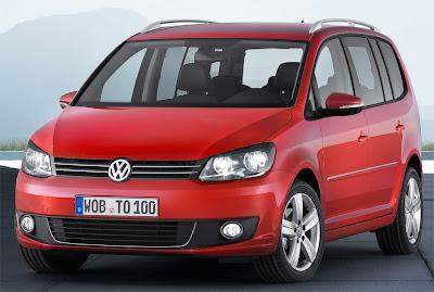 2011 Volkswagen Touran Front View