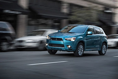 2011 Mitsubishi Outlander Sport First Look