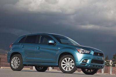 2011 Mitsubishi Outlander Sport Car Picture
