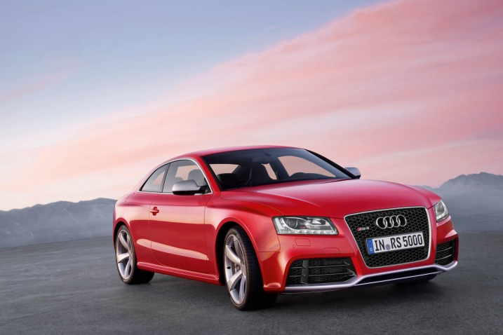 images of cars 2011. Luxury Audi rs5 Cars 2011 in