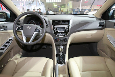 car wallpapers gallery 2011 hyundai verna accent pictures. Black Bedroom Furniture Sets. Home Design Ideas