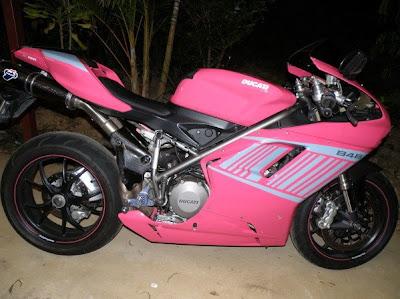 Ducati 848 Pink