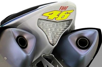 2010 Yamaha YZF-R1 LE Rear