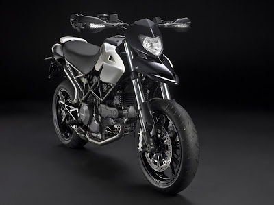 2010 Ducati Hypermotard 796 Front View