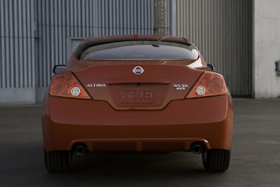 2010 Nissan Altima Coupe Rear View
