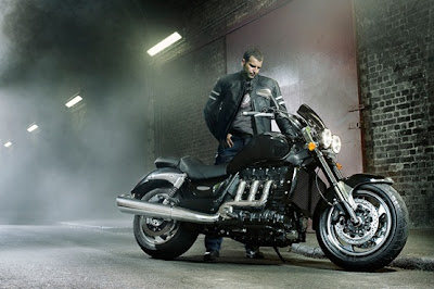 2010 Triumph Rocket III Roadster Best Wallpaper