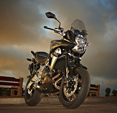 2010 Kawasaki Versys Wallpaper