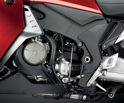 2010 Honda VFR1200F Engine