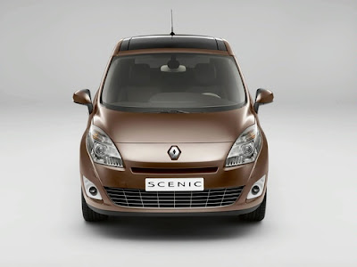 2010 Renault Scenic Front View