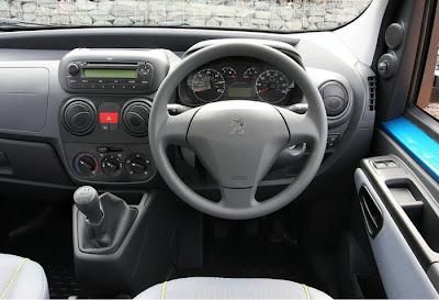 2010 Peugeot Bipper Tepee Interior