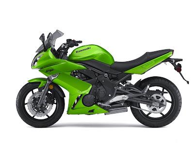 2010 Kawasaki Ninja 650R Wallpaper