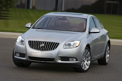 2011 Buick Regal Front Angle View