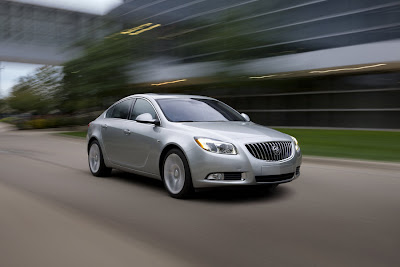 2011 Buick Regal Image