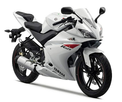 010 Yamaha YZF-R 125 White Color