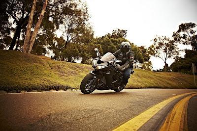 2011 motor  Kawasaki Ninja ZX-10R Rider