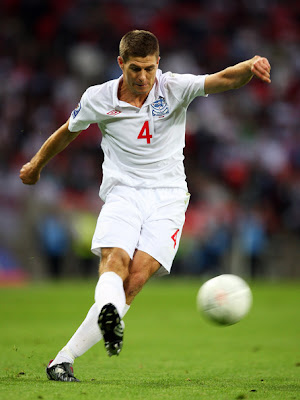 Steven Gerrard World Cup 2010 Football Photo