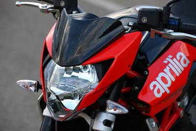 2010 Aprilia Shiver 750 Headlight