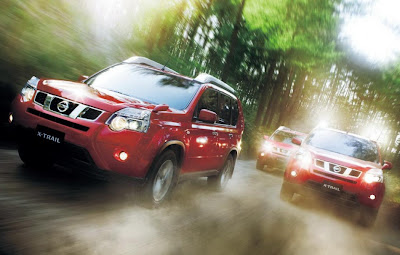 2011 Nissan X-Trail Pictures