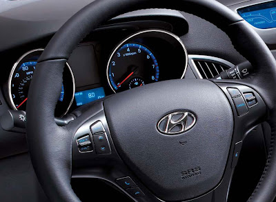 2011 Hyundai Genesis Coupe 3.8 R Car Steering Wheel