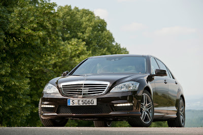 2011 Mercedes-Benz S63 AMG Luxury Cars