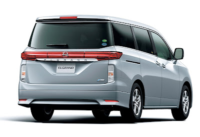 2011 Nissan Elgrand Rear View