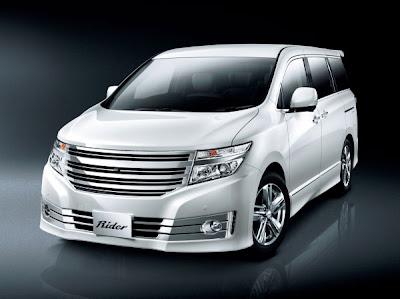 2011 Nissan Elgrand unveiled