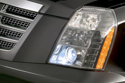 2011 Cadillac Escalade Front Light