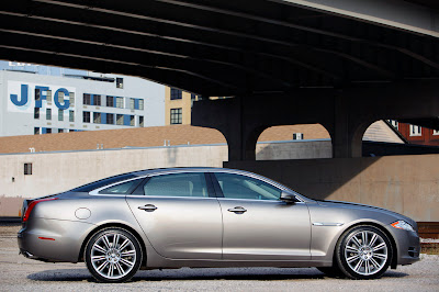 2011 Jaguar XJL Side View