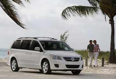 2010 Volkswagen Routan Luxury Cars