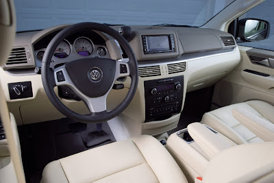 2010 Volkswagen Routan Car Interior