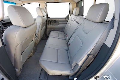 2011 Honda Ridgeline Backseat