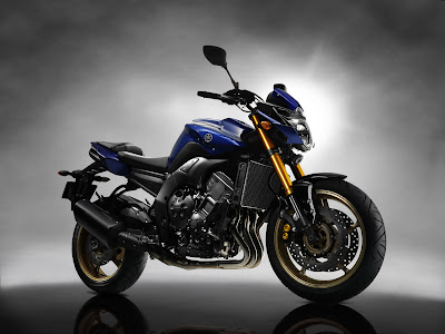 2011 Yamaha FZ8 Wallpaper