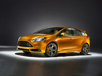 2012 Ford Focus ST Front Side View