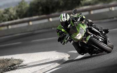 New 2011 Kawasaki Z750R Motorcycles