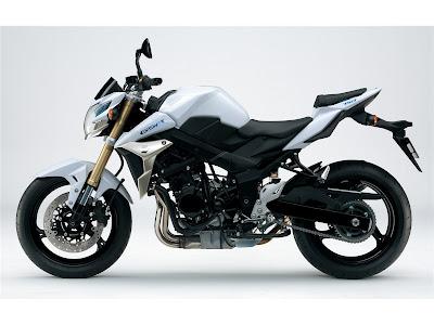 2011 Suzuki GSR750 Photos