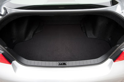 2011 Infiniti G25 Sedan Trunk Area Place
